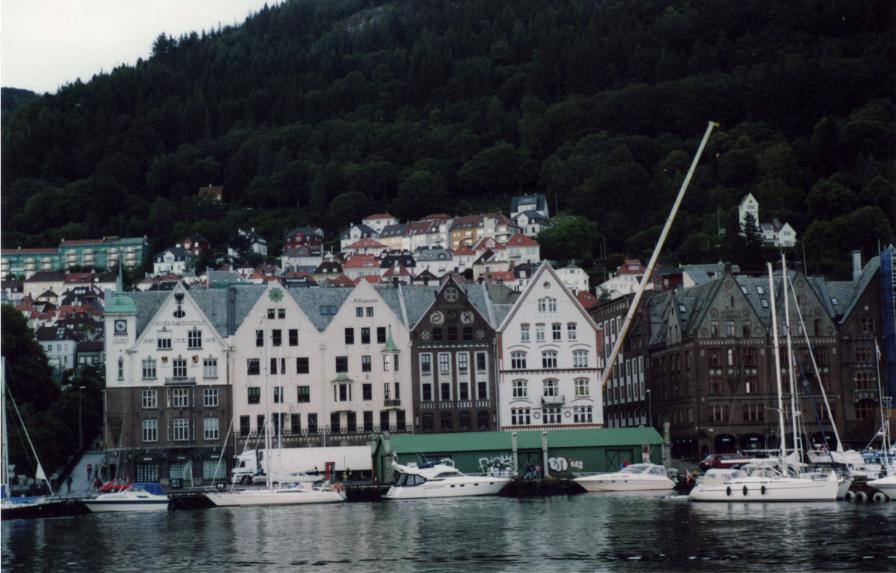 Première impression de Bergen, depuis le port