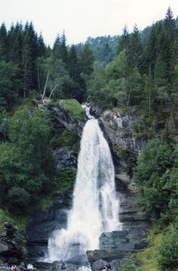 Cascade Steindalsfossen