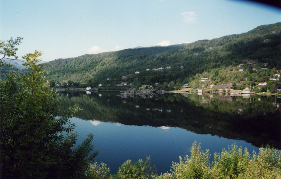 Hardangerfjord à Oystende